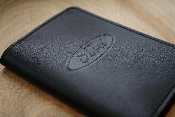 Обложка для автодокументов с логотипом авто Ford