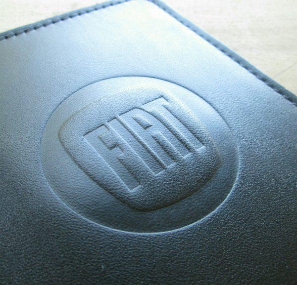 Обложка для прав с логотипом Fiat